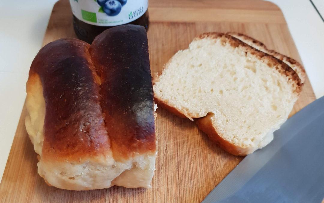 Pan brioche senza latte e uova
