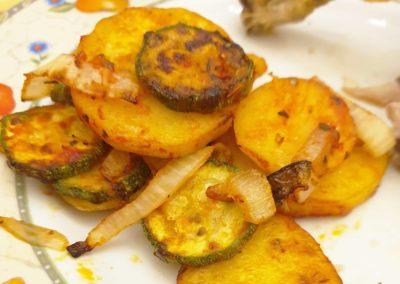 Contorno di verdure cotto nella friggitrice ad aria